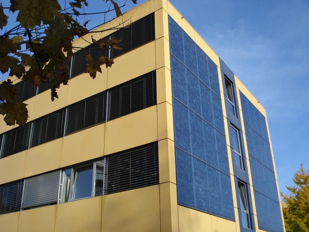 facade-523876_1280